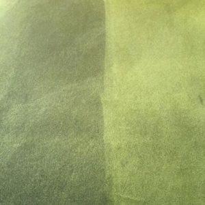 Här är en bild från vårt första uppdrag i Norge. Kunden hade ett stort antal mötesstolar som inte såg fräscha ut längre. Dock var tyget helt och fint så när vi hjälpte till med att tvätta dom och resultatet blev bra så hade vi en nöjd kund.